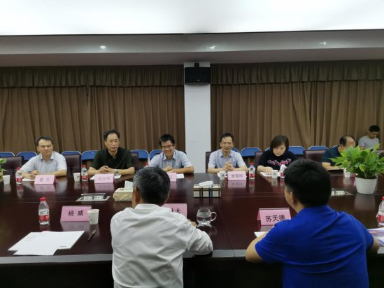 華中科技大學光電學院代表團一行到...