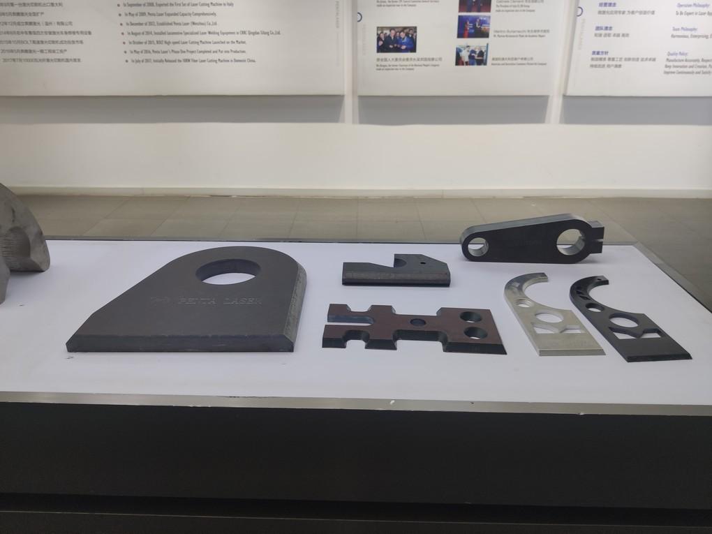 汽車制造領域的寵兒——三維激光切割機