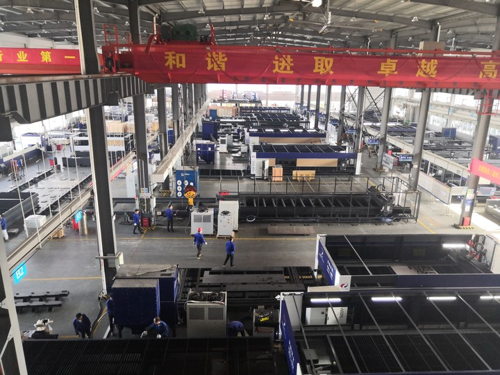 光纖激光切割機加工廠家在使用設備的過程中應該注意的一些加工規...
