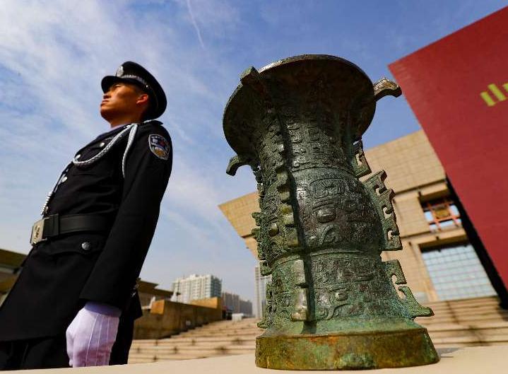 警方再次移交文物12780件