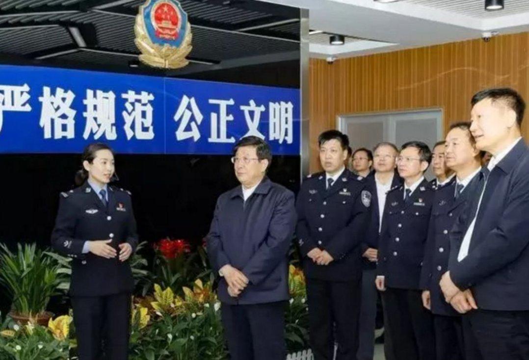 赵克志在山西调研,强调要不忘初心牢记使命,再接再厉不懈奋斗,不断推动新时代公安工作更大发展进步!