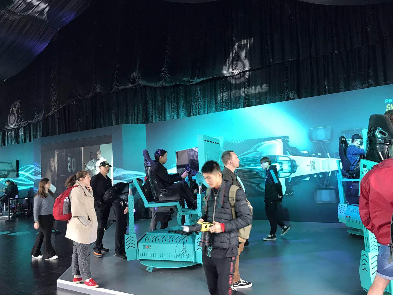 VR三屏赛车设备租赁