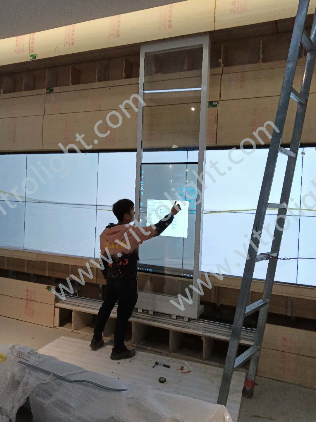 Transparent OLED touch slide screen-Shandong Binzhou Academy of Sciences Slide Project
