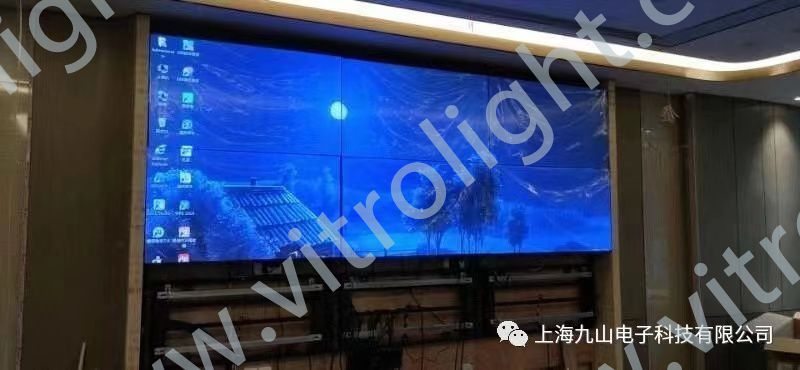 55-inch ultra-narrow edge splicing screen-a restaurant in Zhenjiang
