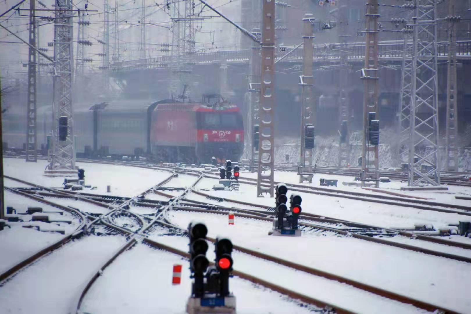 大寒节气 铁路迎来客流高峰