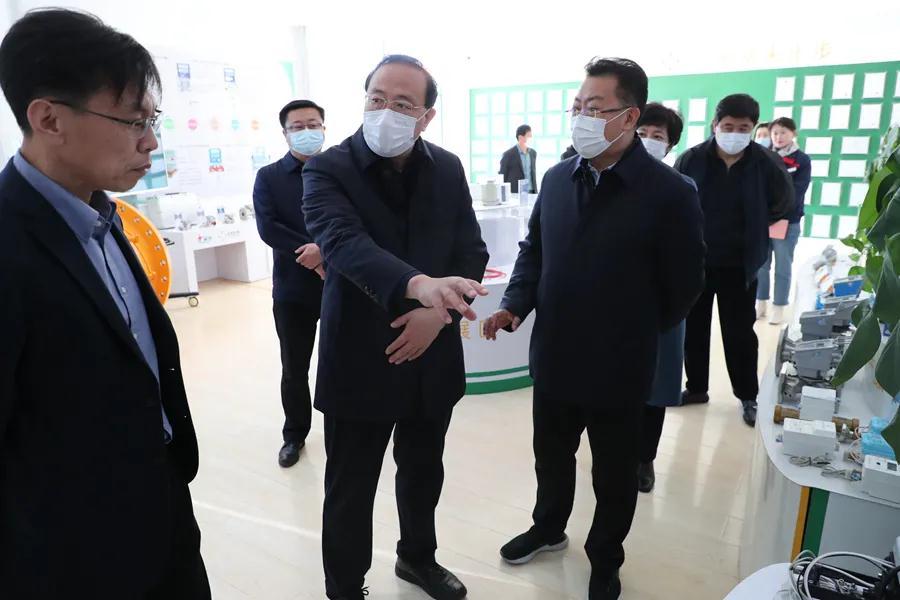 威海市政協主席高旭光走訪調研天罡股份