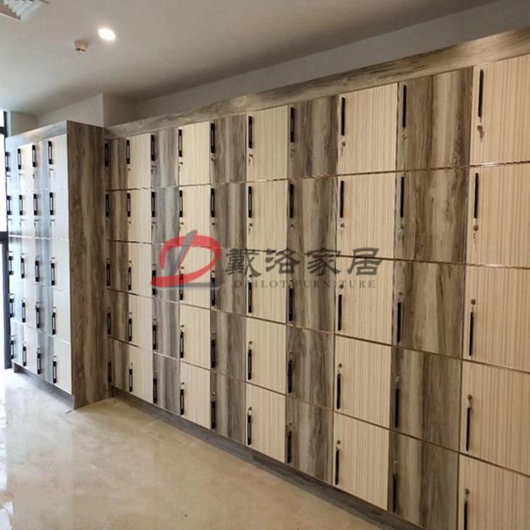 會所木質帶鎖儲物柜保管柜平開門儲物箱