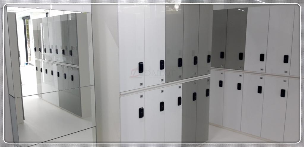 進口PET高光白色灰色電子更衣柜醫院儲物柜存包柜