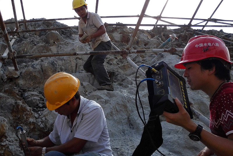 老挝南塔河水电站锚杆质量检测