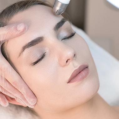 水光•氧白焕肤管理