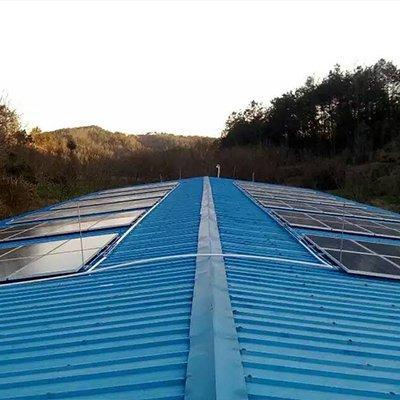 湖北養雞場彩鋼瓦30KW分布式電站1