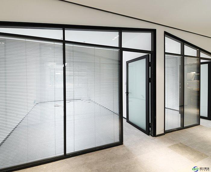 辦公室西安玻璃隔斷墻的產品特點