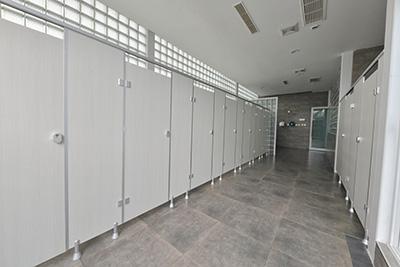 卫生间隔断价格-卫生间隔断定制