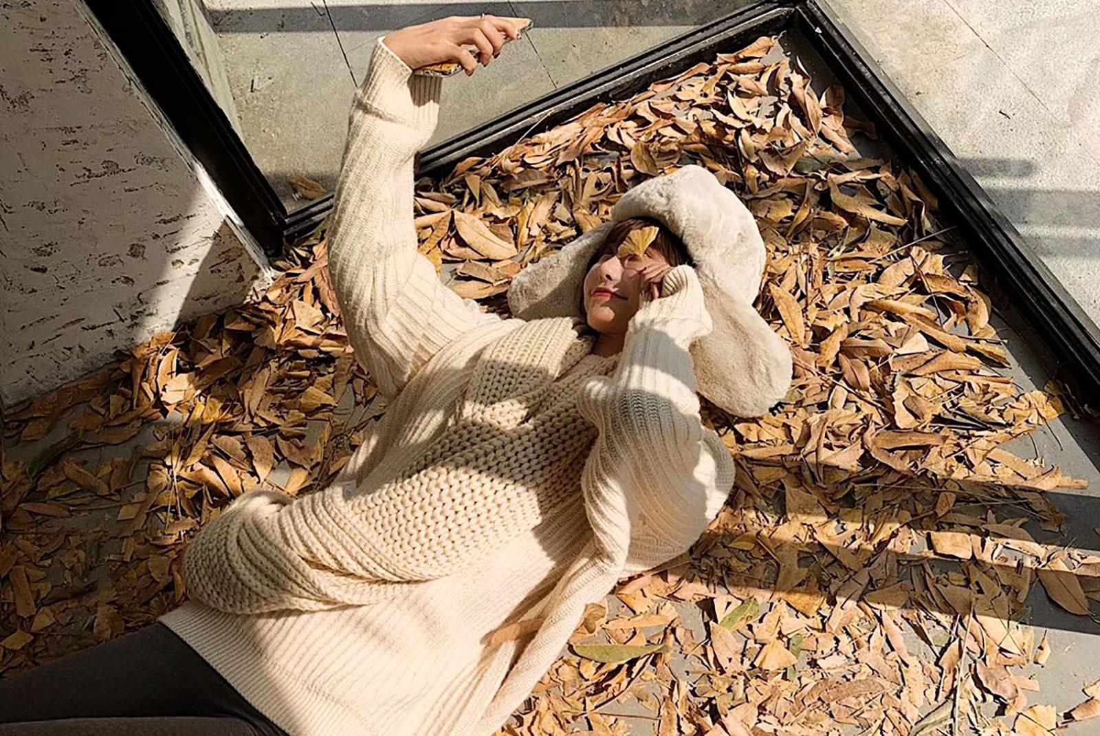 贝玲针织围巾暖意拍摄