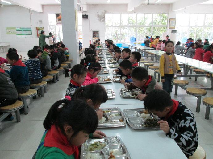 武胜县农村学校营养项目校园一卡通
