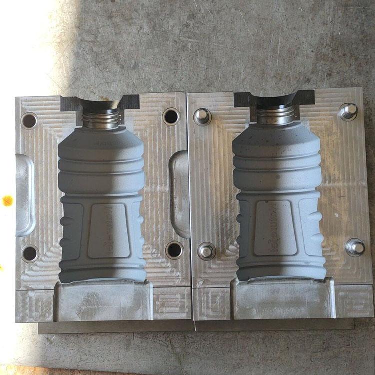 吹瓶模具制造