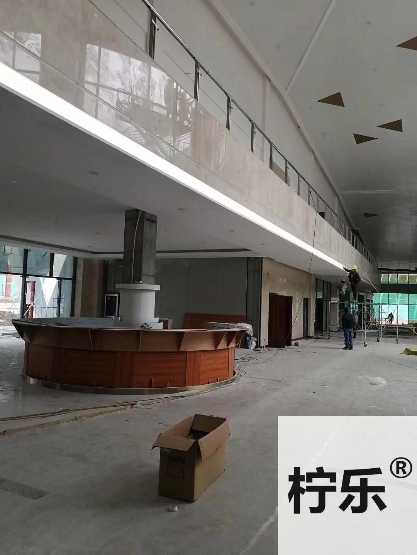 百色樂業高速服務區三角天花吊頂6