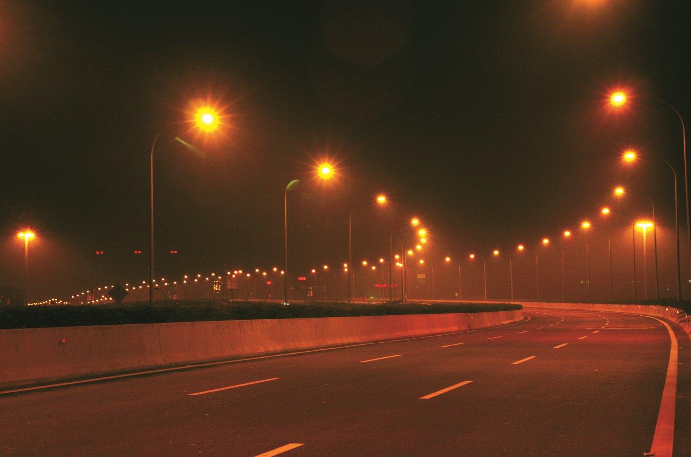 广州市新光快速路新滘南至光明北路段照明工程