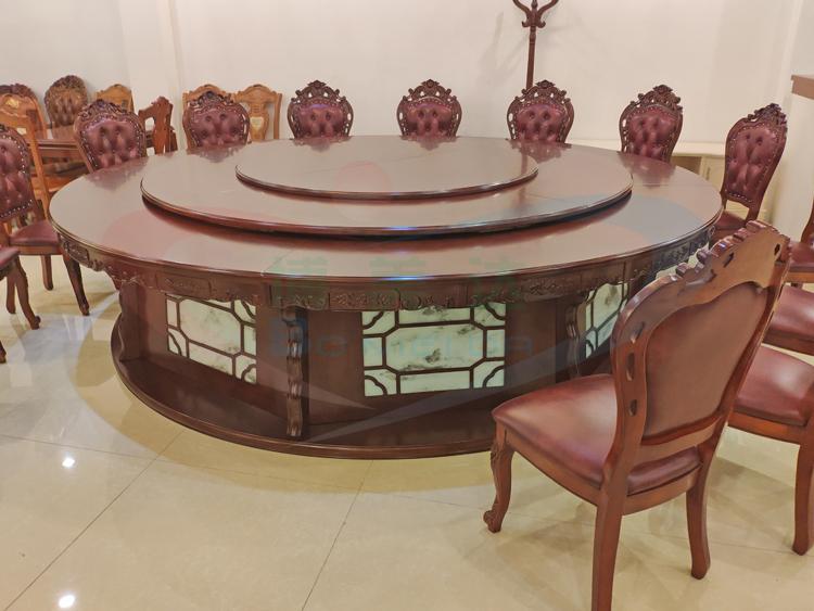傳統餐桌和中式電動餐桌怎么搭配?