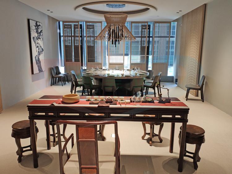 2.4米豪華大理石電動餐桌 別墅電動圓桌
