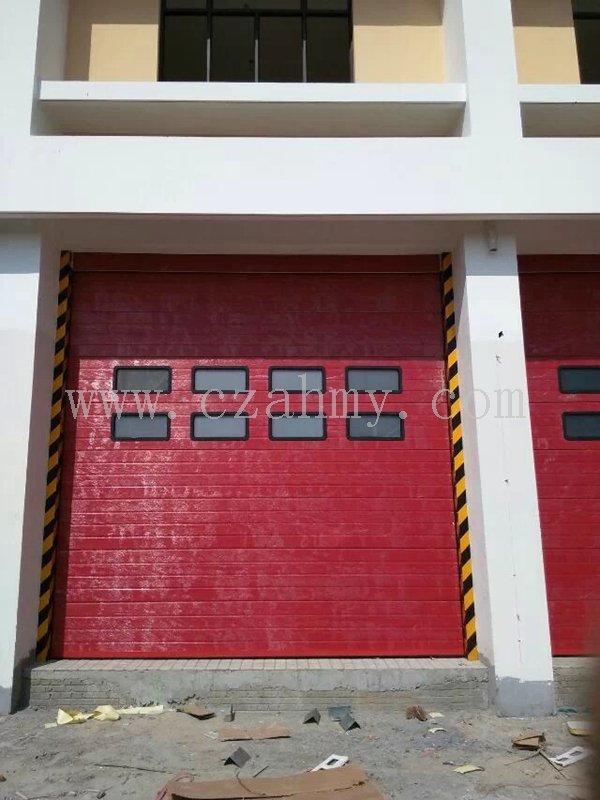 消防红工业滑升门