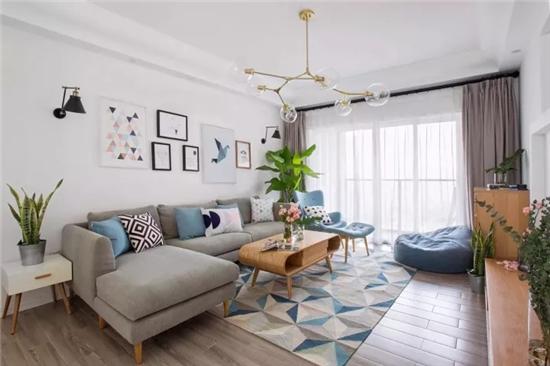 小戶型客廳就該配個這樣的沙發,空間利用率...