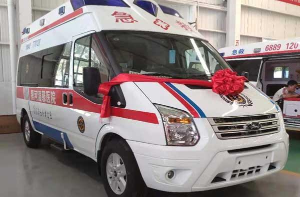 福特v348客运福星顶救护车