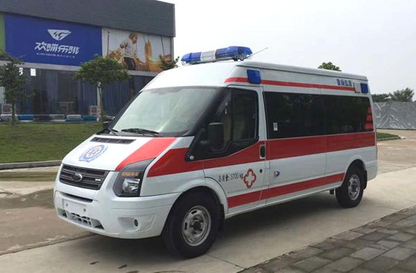 国六福特v348长轴中顶救护车