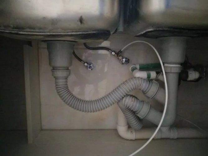 新房装修水有味还有水垢,净水器的两大谣言及净水器怎么选择?
