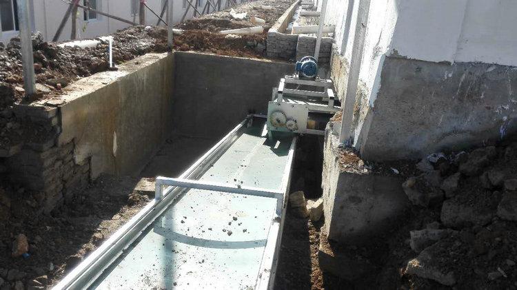 階梯式輸送帶自動喂料系統12