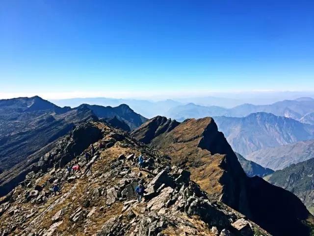 徒步 | 昆明十峰之东川雪岭攀登
