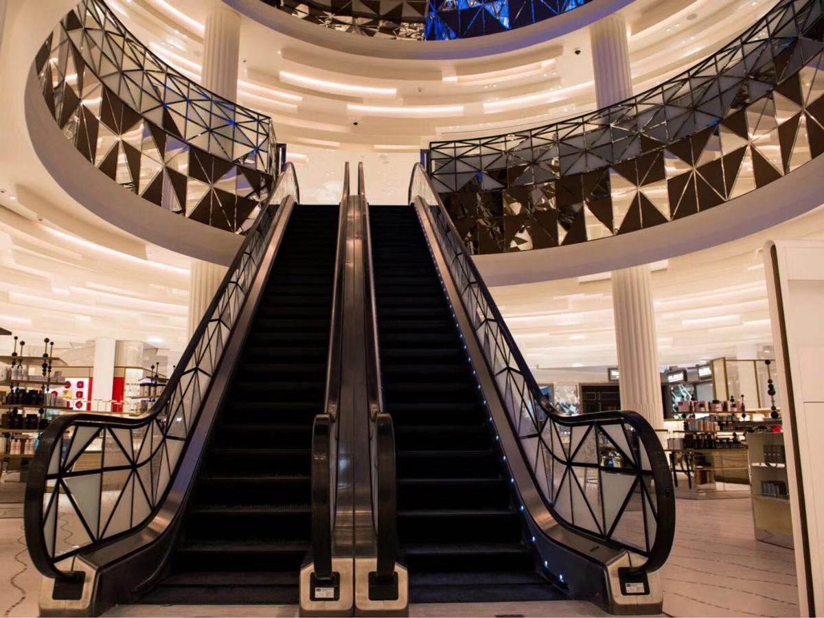 卡塔爾老佛像商場_03