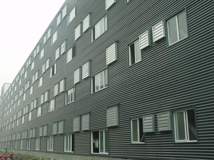 裝備制造企業廠房通風降溫解決方案