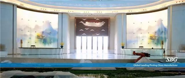 海口万达文旅中心——光与艺术玻璃的结合
