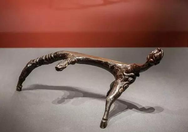 世界上最早的根雕艺术