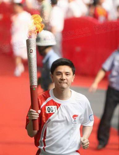 熊倪·奥运冠军