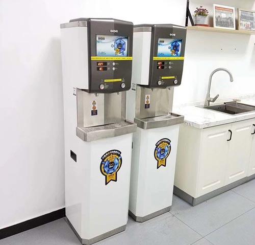 重庆校园安装校园开水器这是健康的饮水理念传播