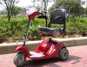 Autumn electric tricycle maintenance tips