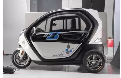 Several emergency solutions for electric tricycles