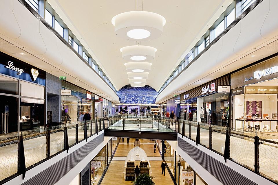 HF Shopping Center