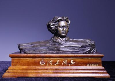 青年毛泽东艺术雕像铜