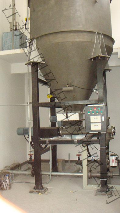 活性炭料倉