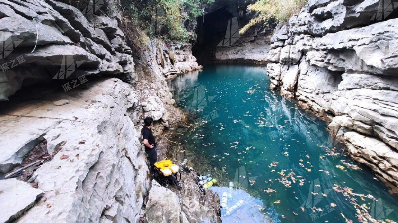 地下河130米大深度打捞失联...
