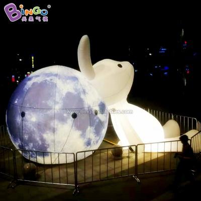充气背靠月球兔子气模