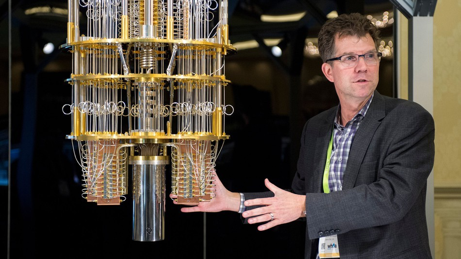 IBM在2018CES展會上展出了50量子位的量子計算機...