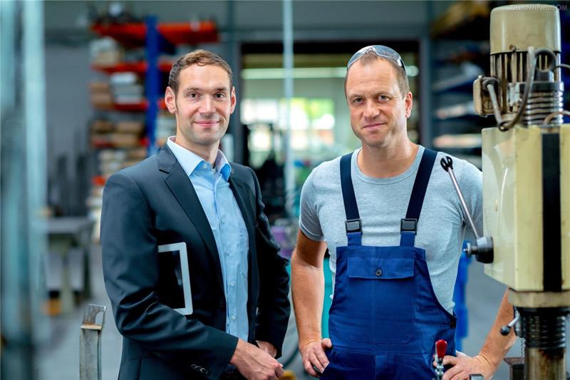 防静电吸塑托盘如何走入德国市场——金数码与德国客户的缘份