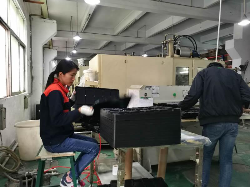 为客户提供高品质的吸塑托盘产品及优质服务