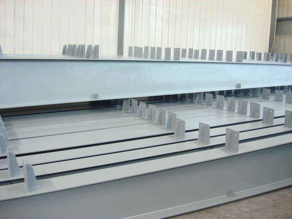 熱鍍鋅高頻焊H型鋼檁條LH300*150*4.5*6