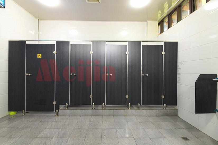西安大型公共厕所隔断 防火板卫生间隔断厂家批发价