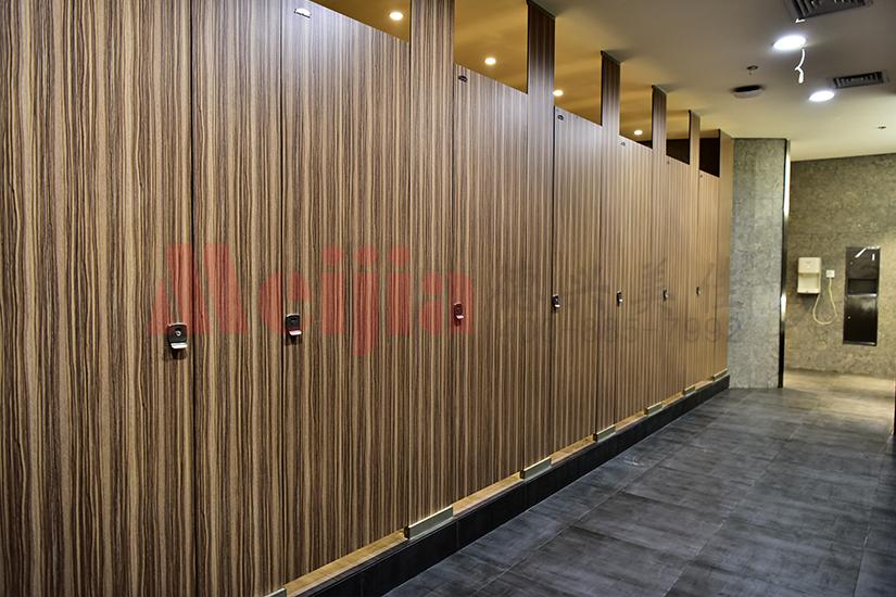 办公楼酒店高端卫生间隔断,金属复合板卫生间隔断厂家直销价格